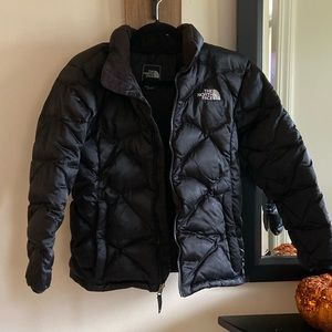 ❄️The North Face girls puffer jacket❄️